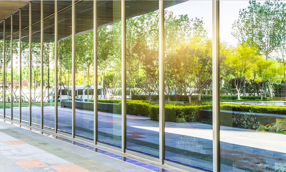 kontinuierliche Fassaden - Mira Glass