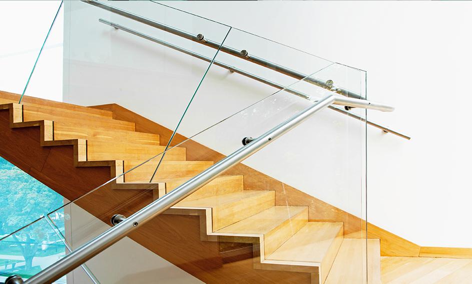 Parapetti in vetro per scale