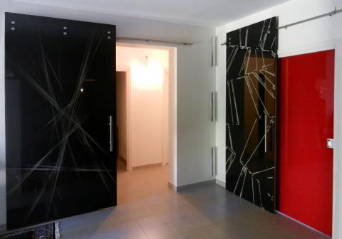 Porte in vetro decorate e verniciate