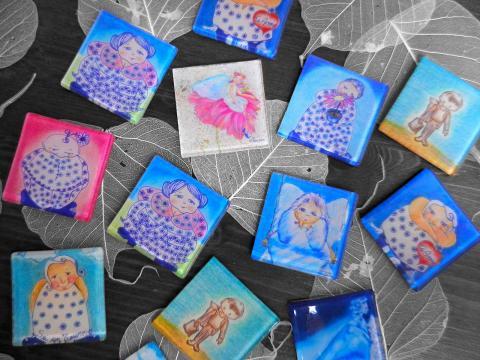 Calamite:piccoli vetri con stampa
