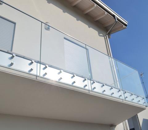 Parapetto in vetro per balcone