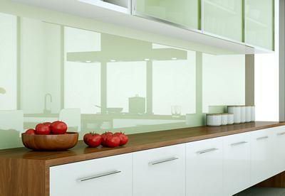 Paraspruzzi in vetro colorato per cucina