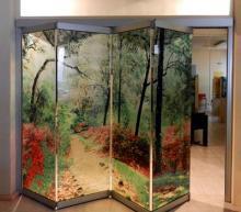 Parete a soffietto in vetro decorato